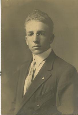 Foster, Joe B.