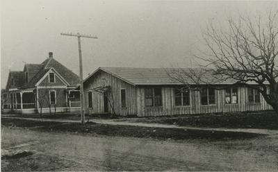 Old Mule Barn